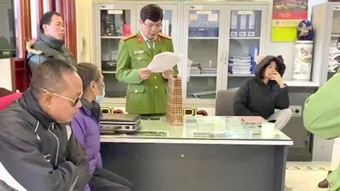 """Hồ sơ gây án của nhóm """"xã hội đen"""" Trưởng """"hàng"""" ở Hải Dương"""