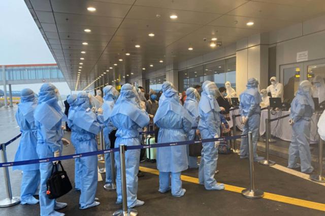 Dừng toàn bộ các chuyến bay chở khách, chở hàng đi và đến tỉnh Quảng Ninh