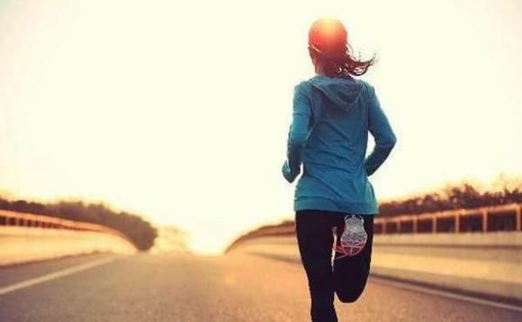 """Nhớ kỹ """"dậy sớm 3 không làm"""", """"trước ngủ 3 đừng"""" sẽ giúp bạn sống lâu và khỏe mạnh hơn"""