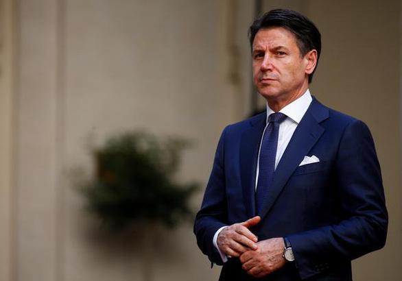 Thủ tướng Ý Conte từ chức giữa dịch COVID-19 và khủng hoảng chính trị