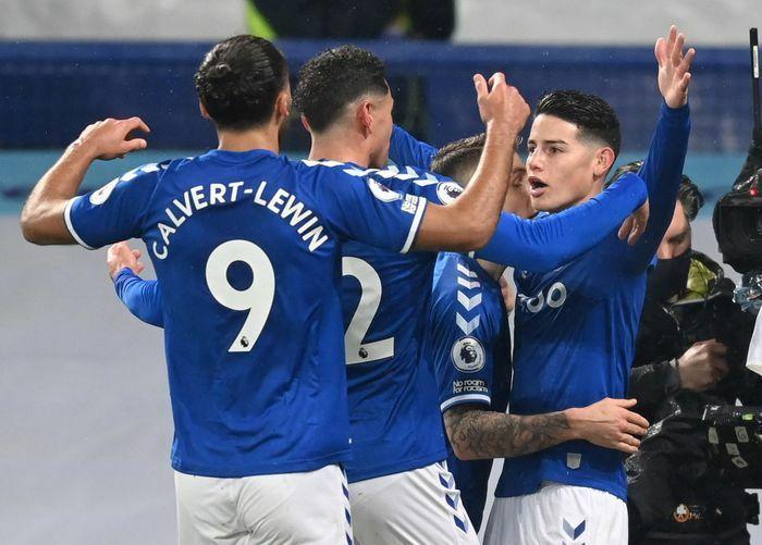 James Rodriguez khiến Leicester mất cơ hội vượt MU