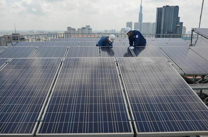 Tìm kiếm giải pháp lưu trữ điện mặt trời để xử lý công suất dư thừa
