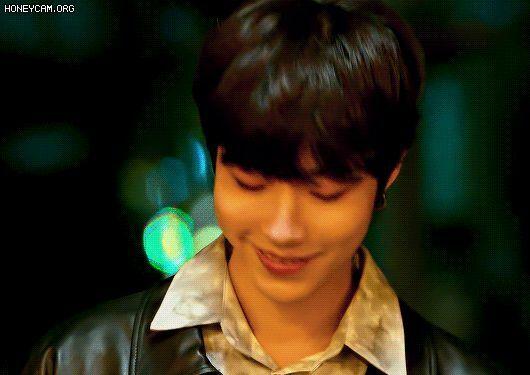 Hú hồn với kiểu tư vấn tình cảm của Hwang In Yeop ở True Beauty: Tốt xấu gì cũng chia tay tất!