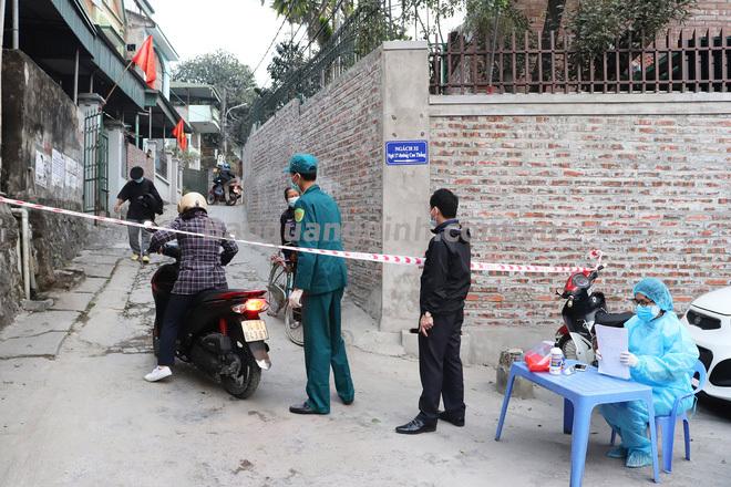 Quảng Ninh tìm những người tiếp xúc với nữ tiểu thương chợ Cao Thắng – ca nghi nhiễm Covid-19