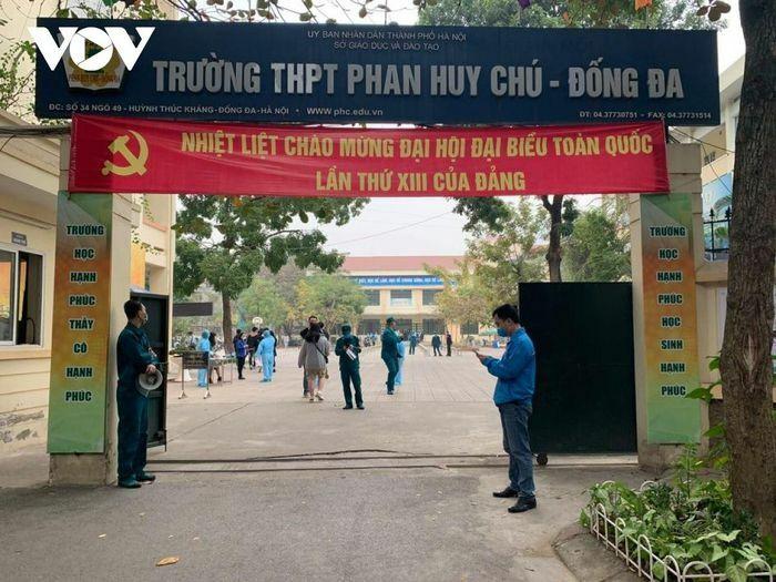Hơn 1.600 học sinh ở Hà Nội được test SARS-CoV-2 vì đi qua Hải Dương