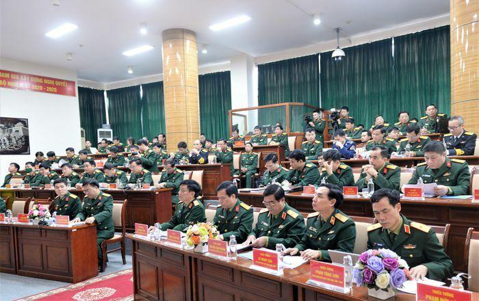 Triển khai toàn diện, nâng cao chất lượng công tác địa hình quân sự năm 2021