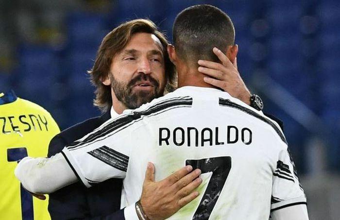 """Pirlo: """"Ronaldo phải tự chịu trách nhiệm"""""""