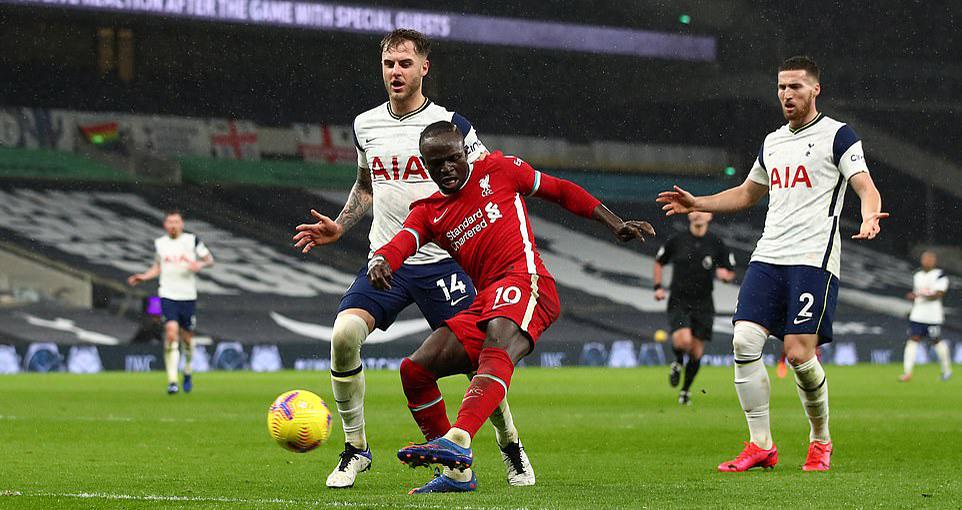 ĐIỂM NHẤN Tottenham 1-3 Liverpool: Mane rực sáng. Mourinho dựa quá nhiều vào Kane