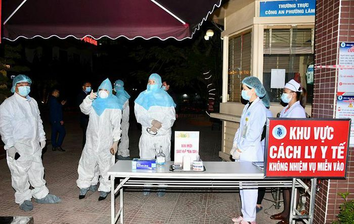 Hải Phòng lấy mẫu xét nghiệm tất cả các bệnh nhân nặng, có biểu hiện ho, sốt