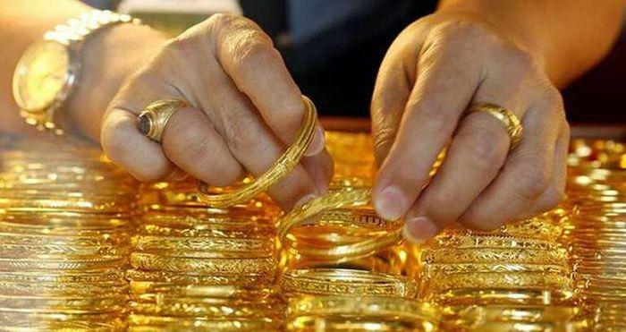 Tháng 1-2021, giá vàng tăng 450.000-600.000 đồng/lượng