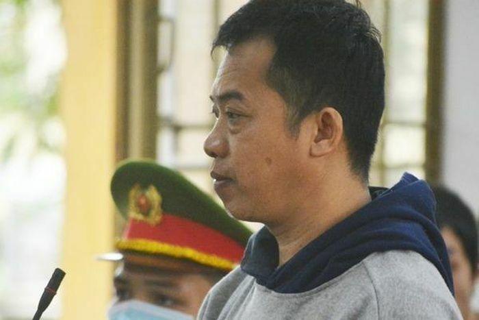 Quảng Nam: Đánh hàng xóm suýt chết vì chuyện…xới cỏ