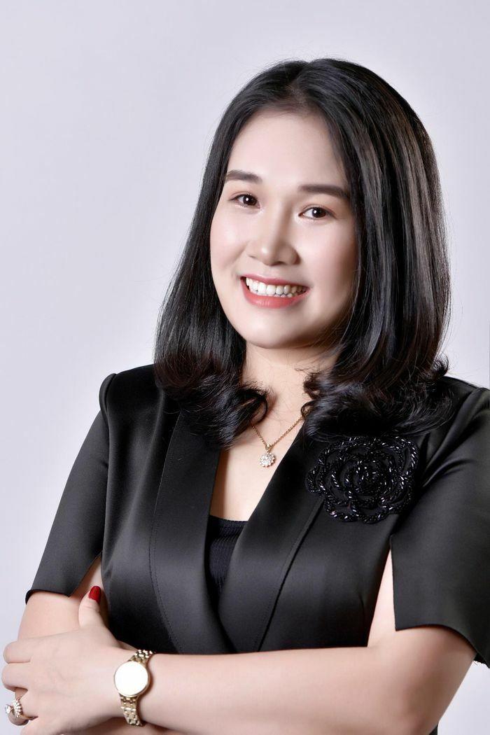 """CEO Nguyễn Mến: """"Kinh doanh thời trang cần nhất là đam mê"""""""