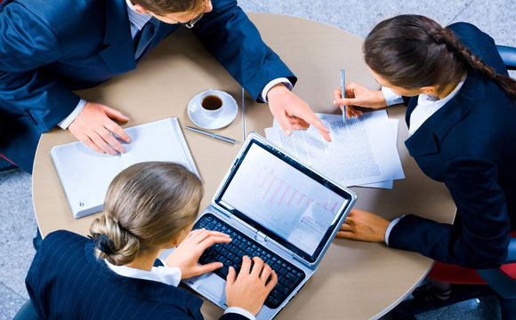 5 cách quản lý hiệu suất làm việc của nhân viên từ xa