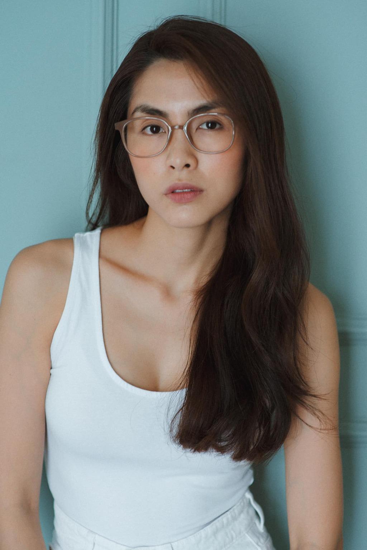 Ngược đời như Tăng Thanh Hà: Yêu cả nếp nhăn, đồi mồi và tóc bạc
