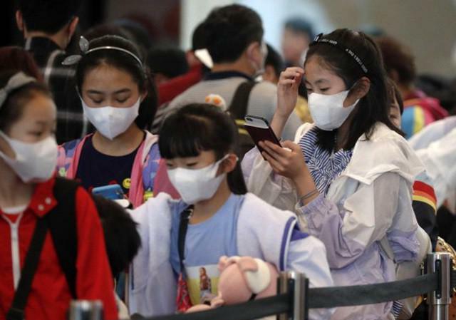 Phát hiện ca dương tính COVID-19, Hải Dương, Quảng Ninh cho học sinh nghỉ học
