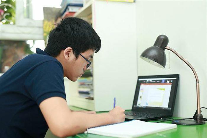 Các địa phương lên phương án điều chỉnh lịch học, triển khai dạy trực tuyến