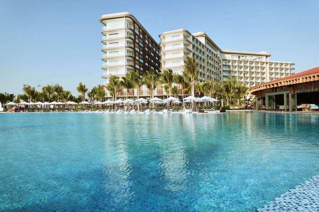 Giá phòng khách sạn 5 sao ở Phú Quốc tăng gấp 3 lần trong dịp Tết