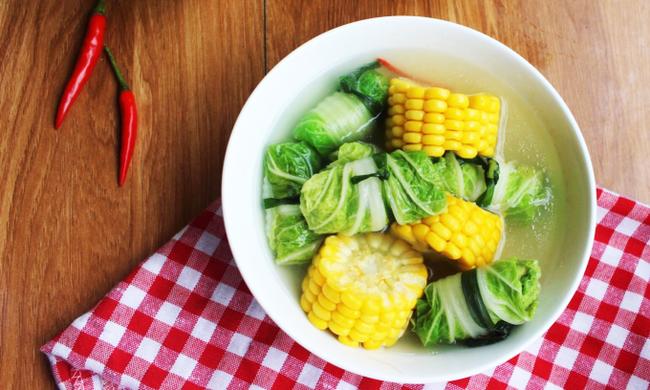 Bữa tối xong trong chớp mắt với canh bắp cải cuộn thịt: Giao diện đẹp mắt, hương vị thơm ngon và quan trọng nhất là nhanh và gọn!