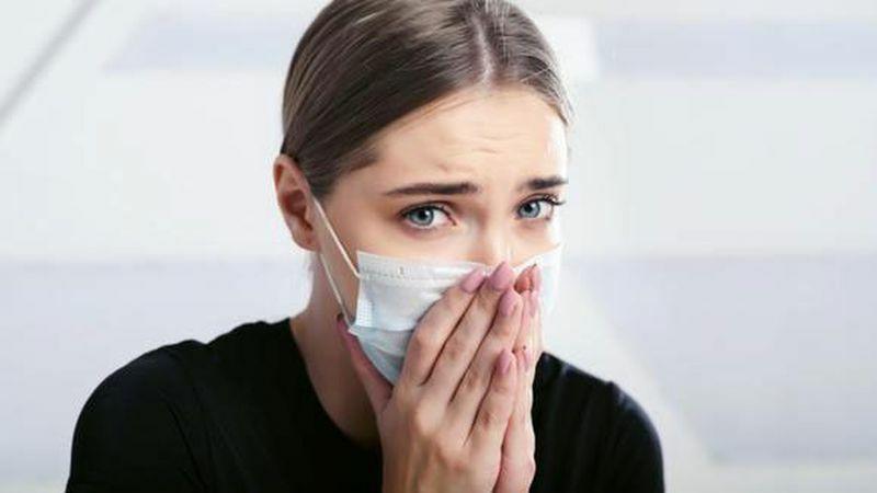 Triệu chứng thường gặp nhất của nhiễm SARS-CoV-2 biến thể mới là gì?