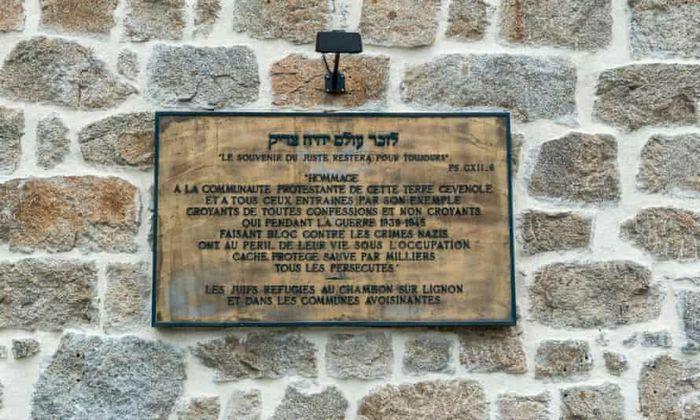 Người đàn ông Do Thái để lại 2,4 triệu USD cho ngôi làng của ân nhân