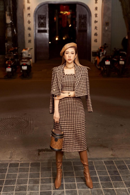 """Fashion Influencer Vân Nhi: Từ cô gái nhỏ lớn lên cùng """"bụi vải"""" đến Hotmom """"mặc gì cũng đẹp"""" hướng dẫn phối đồ mà cả mấy chục nghìn người follow trên Tiktok!"""