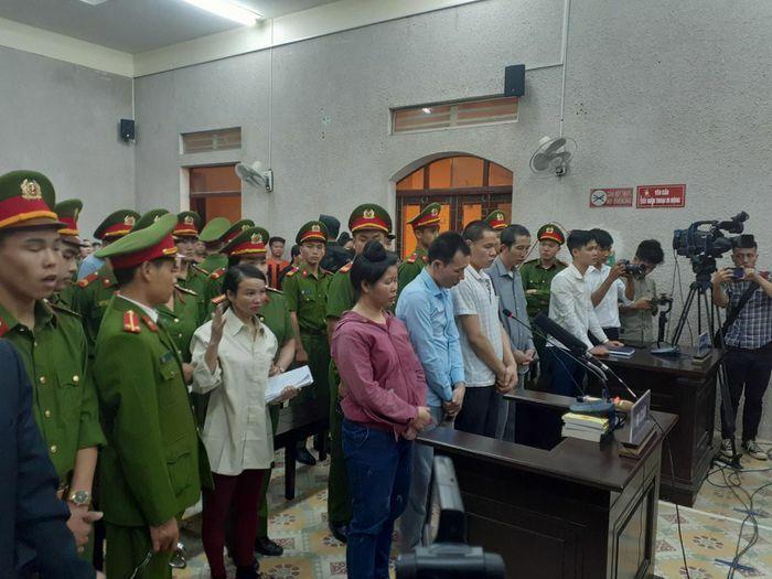 Hoãn phiên phúc thẩm xét xử mẹ nữ sinh giao gà ở Điện Biên