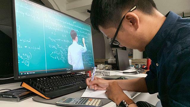 Chuẩn bị các điều kiện dạy học trực tuyến nếu phải nghỉ học