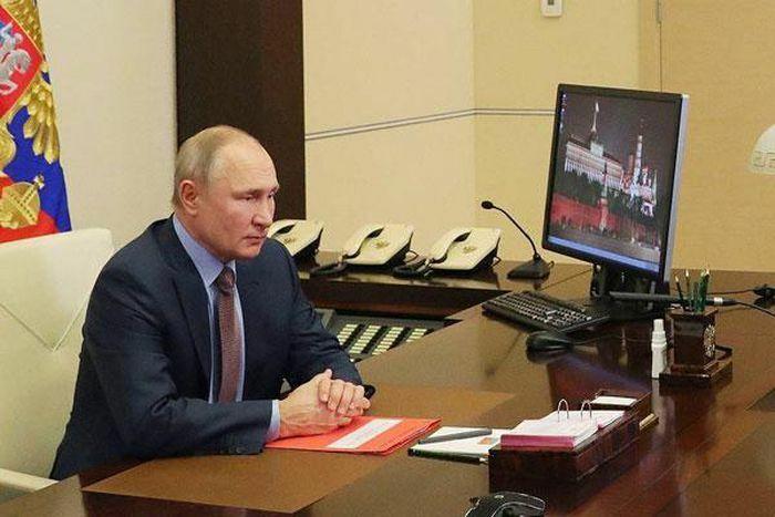 Tổng thống Nga Putin ký luật gia hạn hiệp ước hạt nhân với Mỹ đến năm 2026