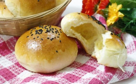 Làm bánh mì nướng ngô phô mai nhanh cho bữa sáng
