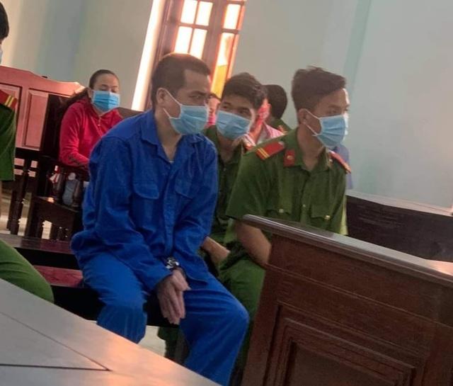 Tây Ninh: Thầy giáo 8X 'biến thái' dụ dỗ, giao cấu với nhiều nam sinh