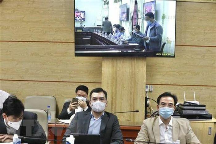 Bộ trưởng Y tế: Xuất hiện hiện tượng nhà xe gom khách từ vùng có dịch
