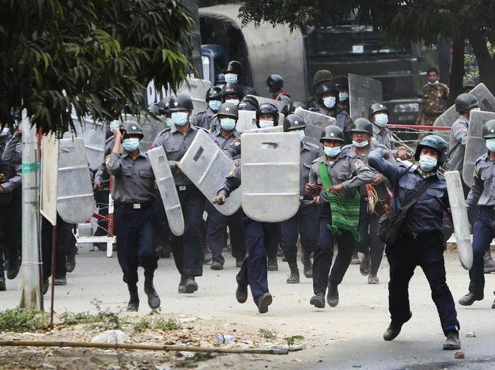 Pháp, Mỹ lên tiếng về biểu tình ở Myanmar