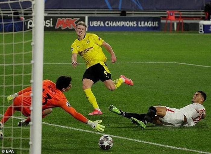 """Dortmund và Porto có lợi thế, Man """"xanh"""" bỏ xa Man """"đỏ"""""""