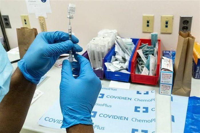 Kiểm nghiệm trên 0,5 triệu người: Vắc-xin Pfizer hiệu quả 94%