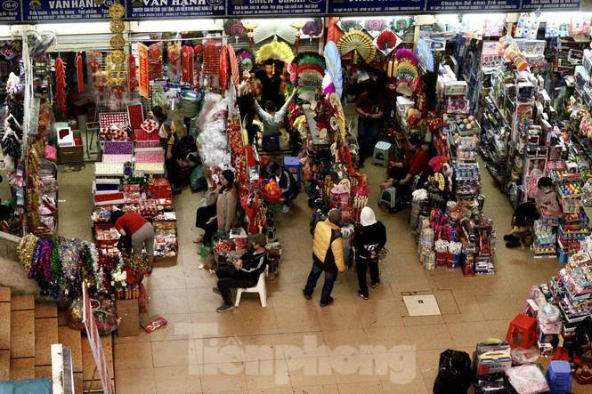 """Chợ Đồng Xuân """"hồi sinh"""" ngày cuối năm"""