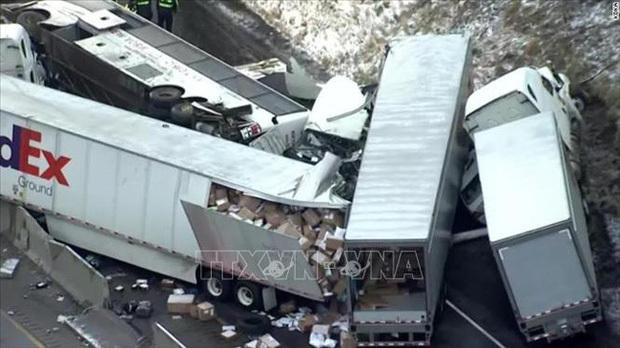 Đâm xe liên hoàn tại Mỹ, ít nhất 6 người thiệt mạng