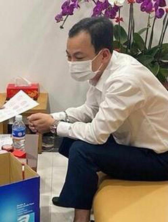 """Bắt """"ông trùm"""" chuyên mua bán hóa đơn giả trong đường dây làm xăng giả ở tỉnh Đồng Nai"""