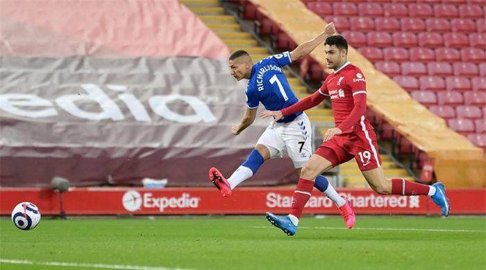 Ozan Kabak: Không thể tệ hơn với Liverpool