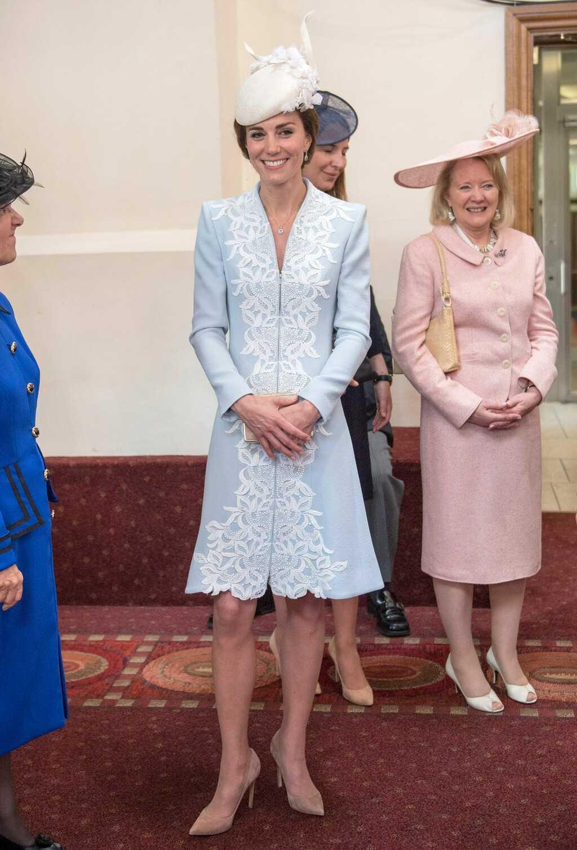 Công nương Kate dành tình yêu đặc biệt cho màu xanh pastel