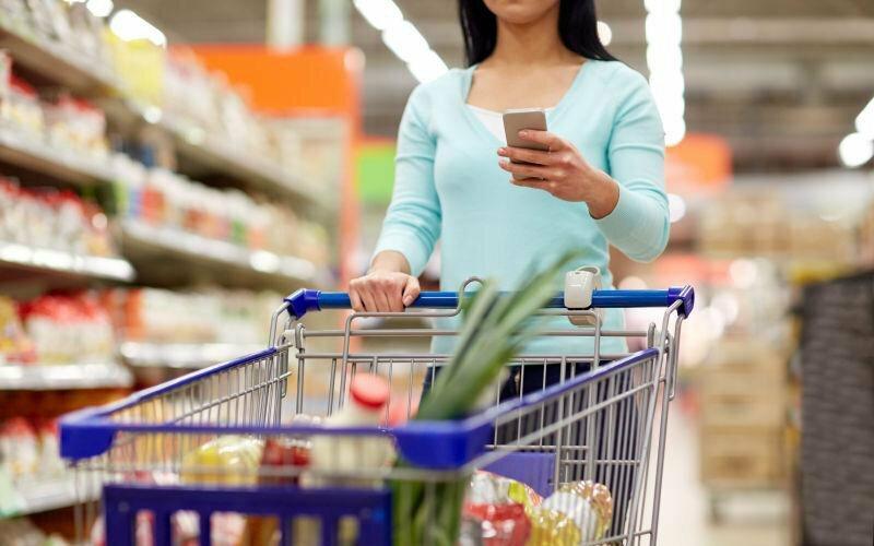 """Nhân viên siêu thị tiết lộ 4 loại thực phẩm """"siêu bẩn"""" không bao giờ nên mua, chính chủ cửa hàng cũng không dám ăn nhiều"""