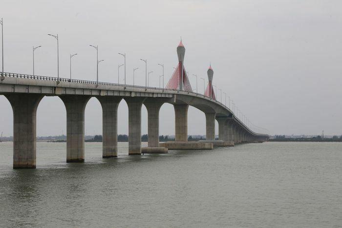 Cho phép lưu thông qua cầu Cửa Hội phục vụ đi lại dịp Tết
