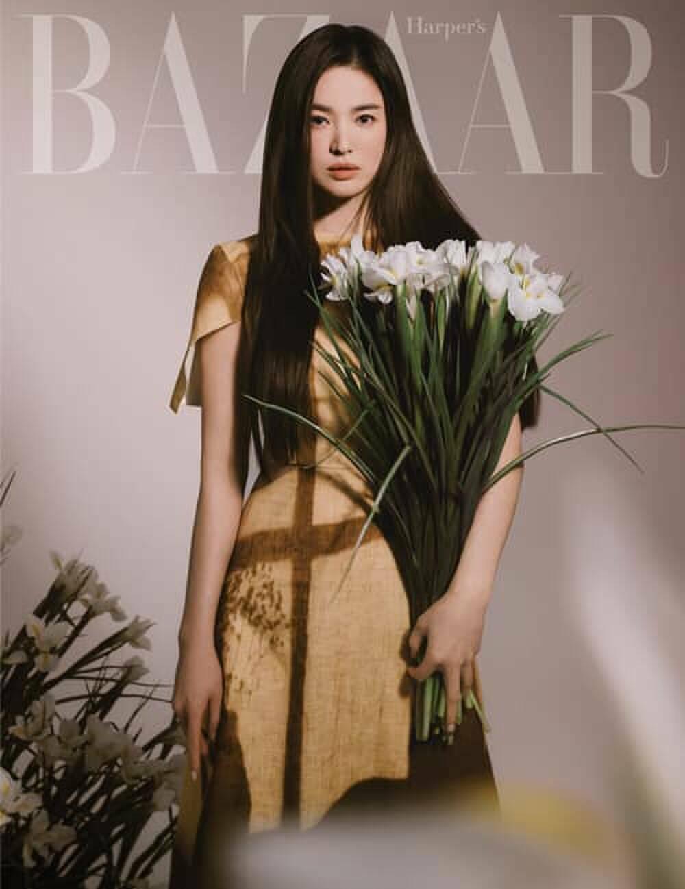 """Thần thái """"chị đại"""" Song Hye Kyo & """"mợ chảnh"""" trong các bộ ảnh thời trang khiến đàn em dè chừng"""