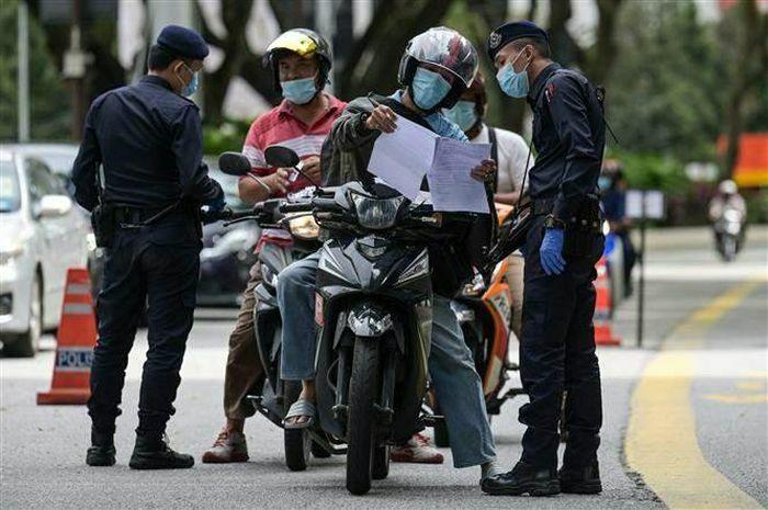 Malaysia kéo dài Lệnh kiểm soát di chuyển