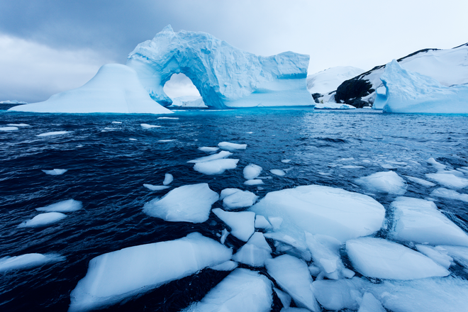 """""""Cục nước đá"""" này to bằng cả Hà Nội, đó chính là lượng băng tan mỗi năm trên Trái Đất"""