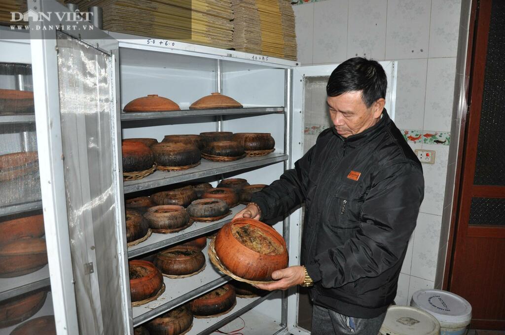 Không ngờ chỉ pha trộn gia vị đơn giản mà tỷ phú Trần Luận lại làm được món cá kho ngon nhất Việt Nam