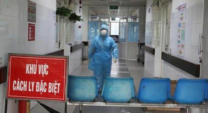 TPHCM: Thêm 1 trường hợp nghi mắc COVID-19 là nhân viên sân bay Tân Sơn Nhất