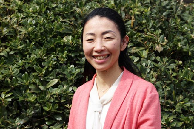 """8 năm đẻ sòn sòn 5 đứa, mẹ bỉm Nhật vẫn tốt nghiệp Thạc sĩ Harvard: """"Vũ khí bí mật"""" của phụ nữ hoá ra nằm ở điều này!"""