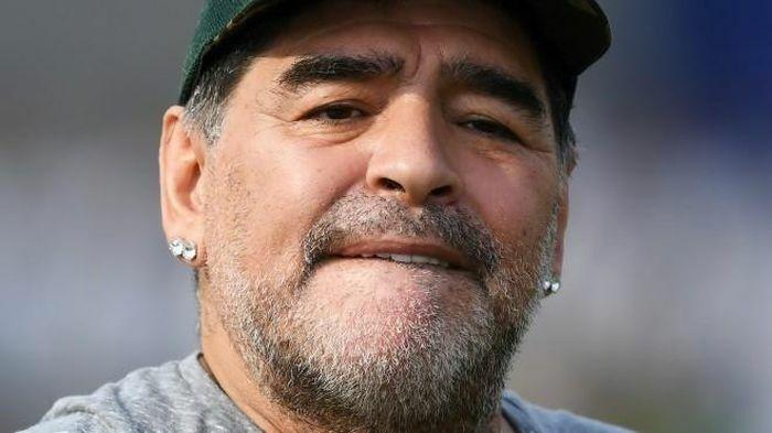 Được phép điều tra điện thoại di động của Maradona