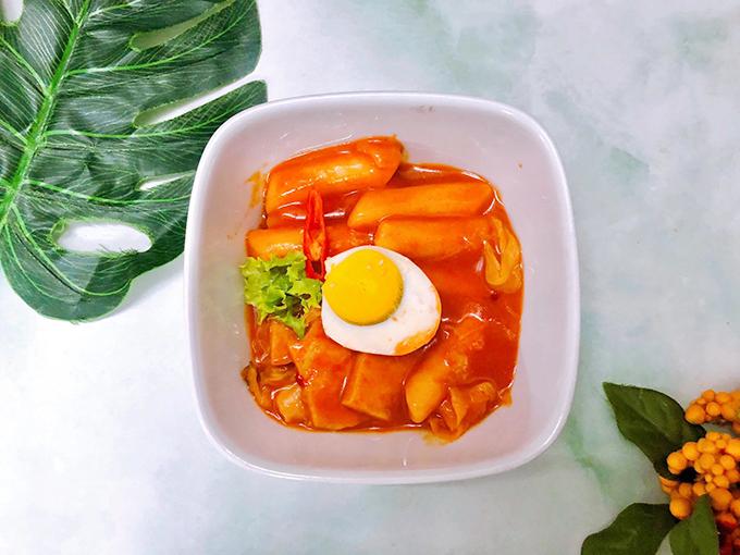 Bánh gạo tteokbokki xào cay kiểu Hàn
