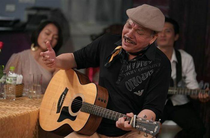 Nhạc sỹ Trần Tiến – người đàn ông xù xì tuổi 70 khóc vì nhớ mẹ